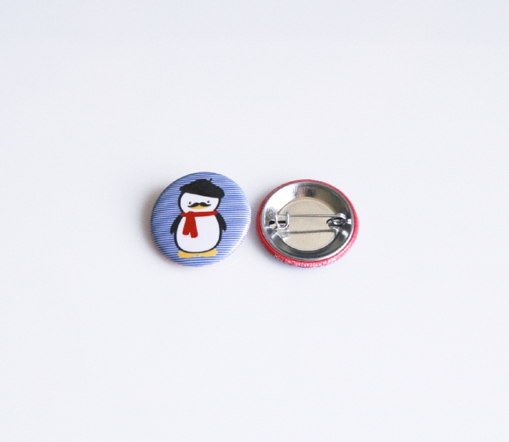Button_FrenchPenguin3