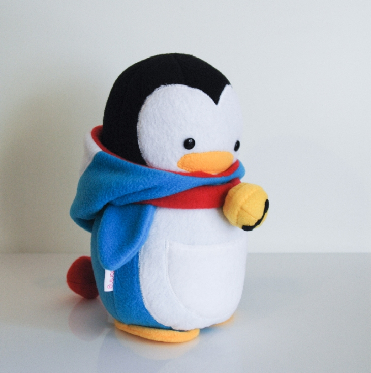 Penguin_Doraemon_Side